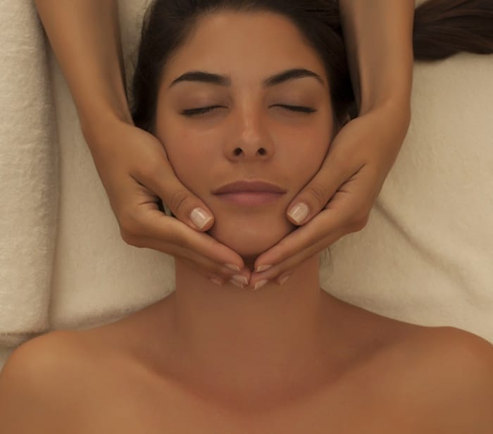 Tratamento Facial Float in Spa